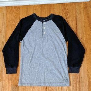 Boys Oshkosh Long Sleeve T Shirt. Size 10.